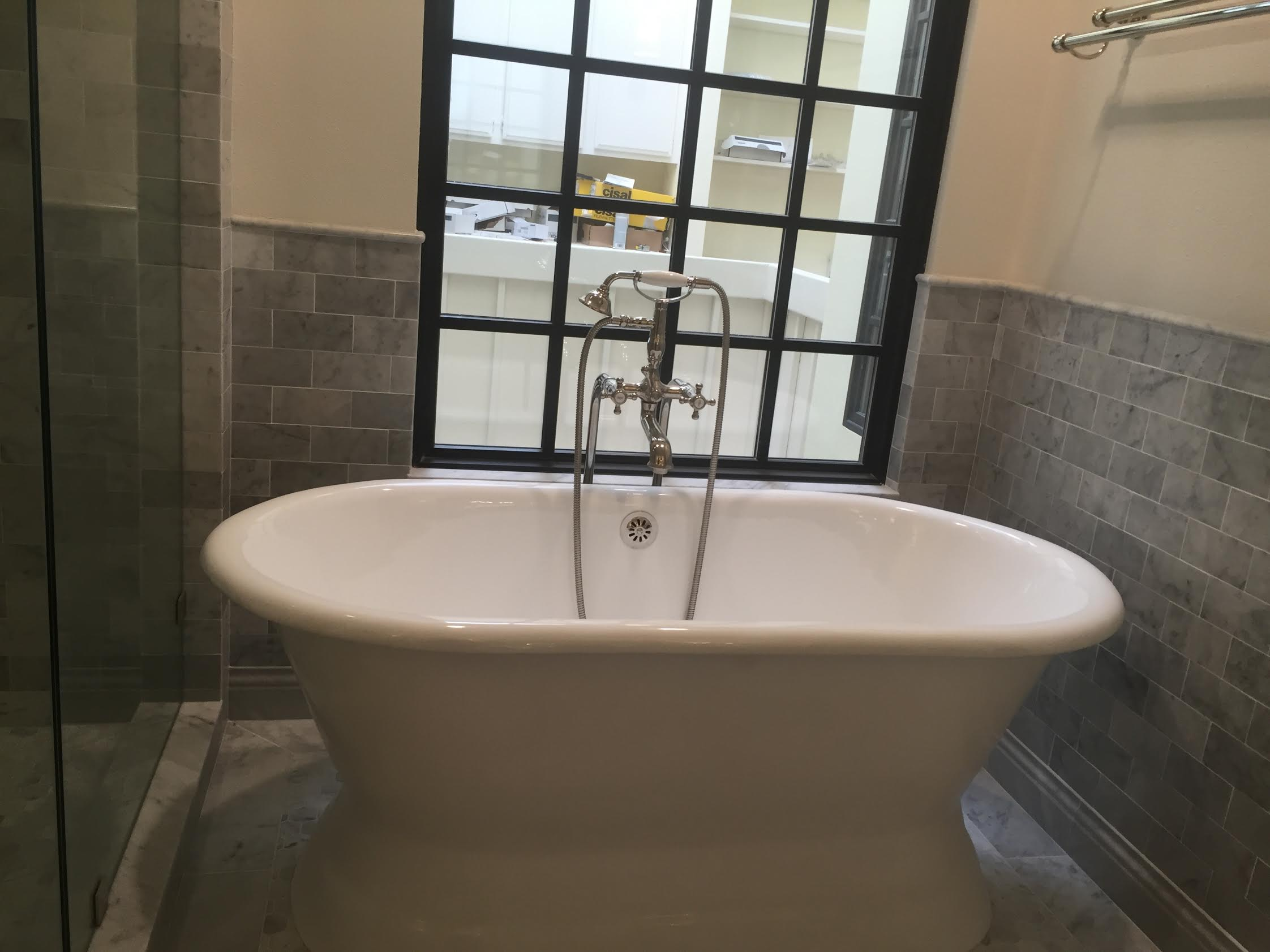 Freestanding Tub Master Bathroom Pacific Palisades - Eden Builders