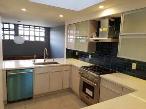 condo-kitchen-grey-tile