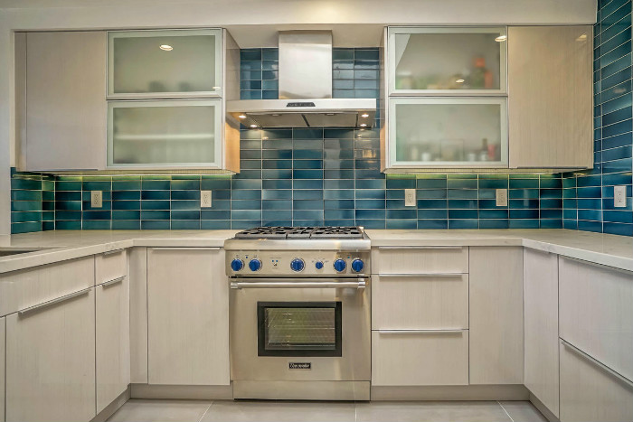 santa-monica-kitchen-condo-remodel-blue-tile-stove