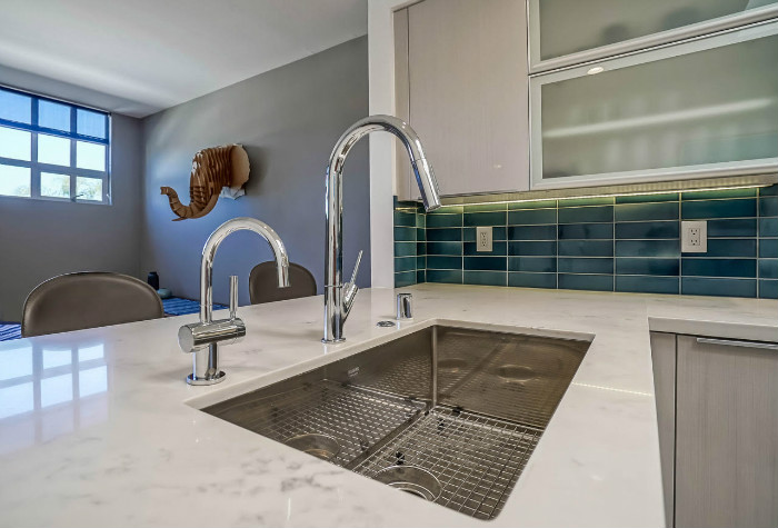 santa-monica-kitchen-condo-remodel-sink-close-dining-room