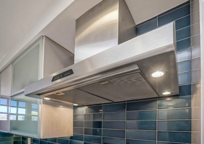 santa-monica-kitchen-condo-remodel-ven-hood-close-lights
