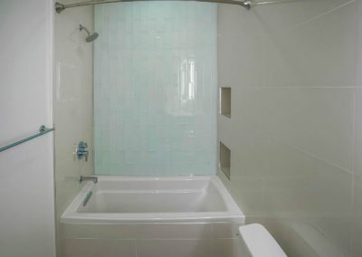 sant-monica-condo-bathroom-tub-glass-tile-shower