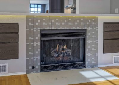 santa-monica-fireplace-close-fire-tile