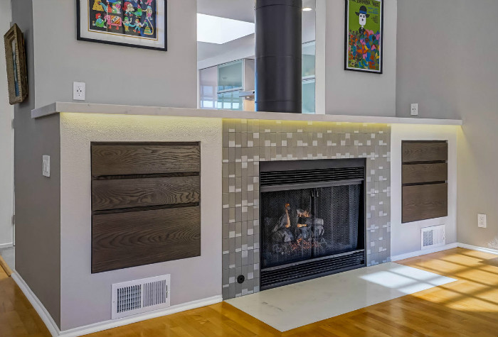 santa-monica-fireplace-close-wood-panel