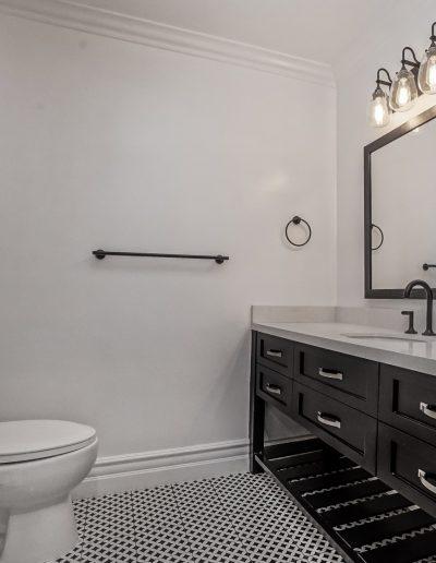 Pasadenablackbathroom_2