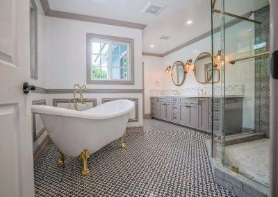 Pasadenamasterbathroom_2