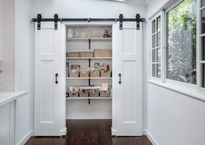 pantry-sliding-barn-door