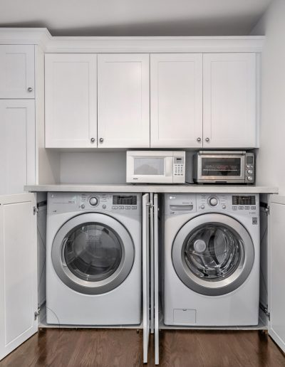 washer-dryer-hidden-doors
