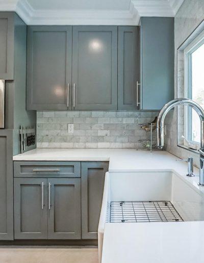 deep-farmhouse-kitchen-sink
