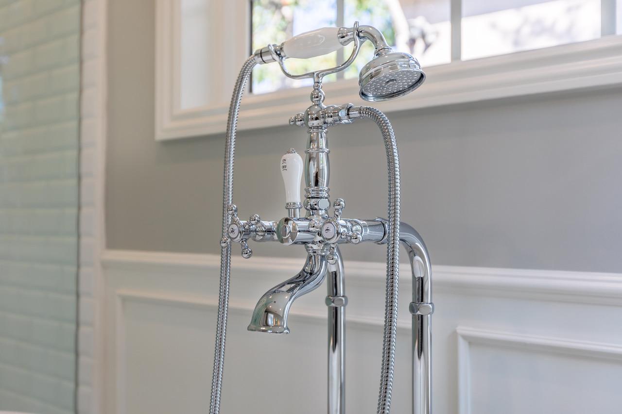 free-standing-tub-faucet-hand-shower - Eden Builders