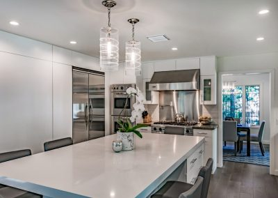 beverly-glen-kitchen-island