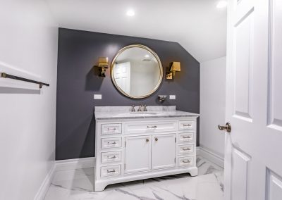 tarzana-bathroom-mirror