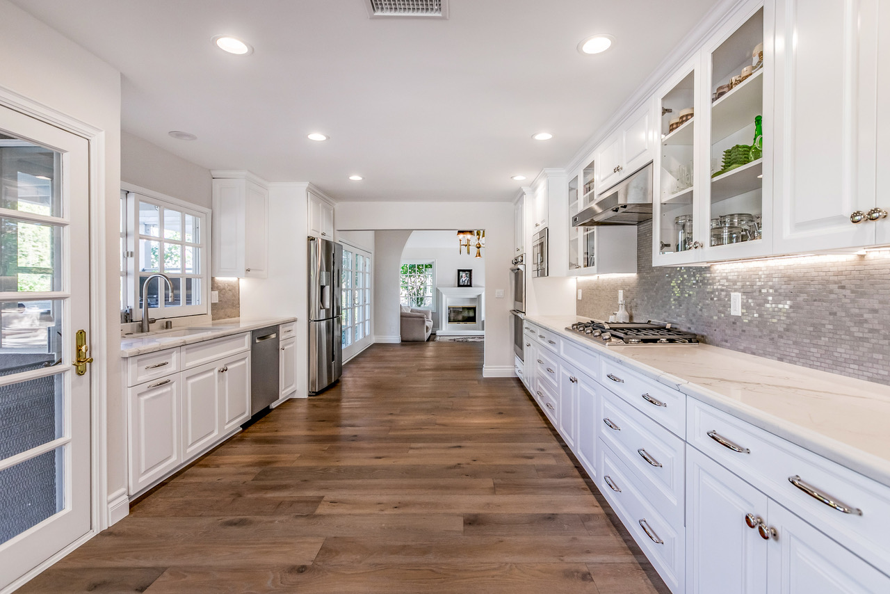 tarzana-long-narrow-kitchen
