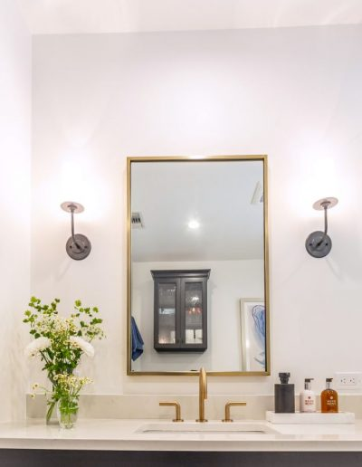 gold-bathroom-fixtures