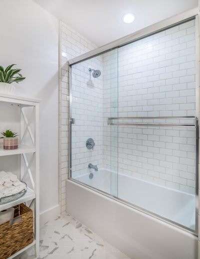 marina-del-rey-glass-door-shower