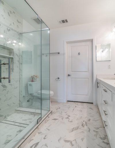marina-del-rey-master-bathroom