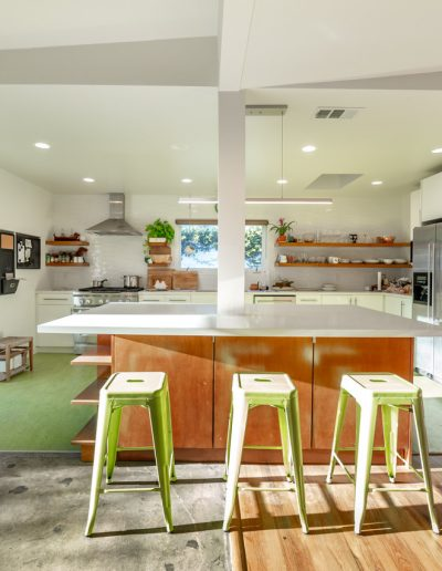 open-plan-dine-in-kitchen