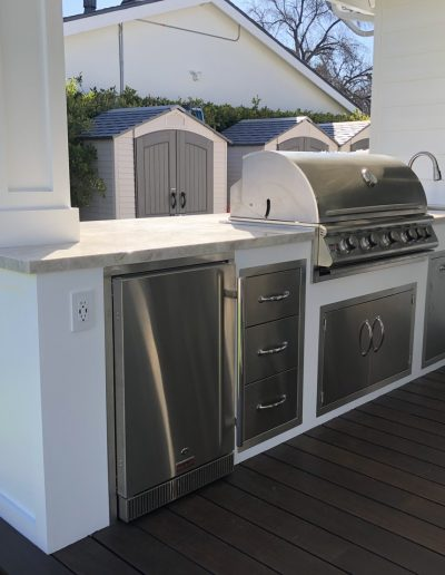 west-hills-built-in-bbq