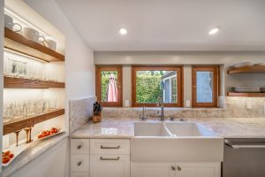 Recessed open shelving with thick wood